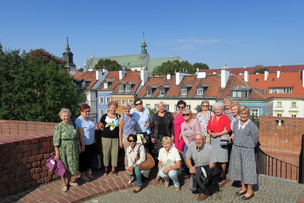 Seniorzy z Falenicy zwiedzają Warszawę
