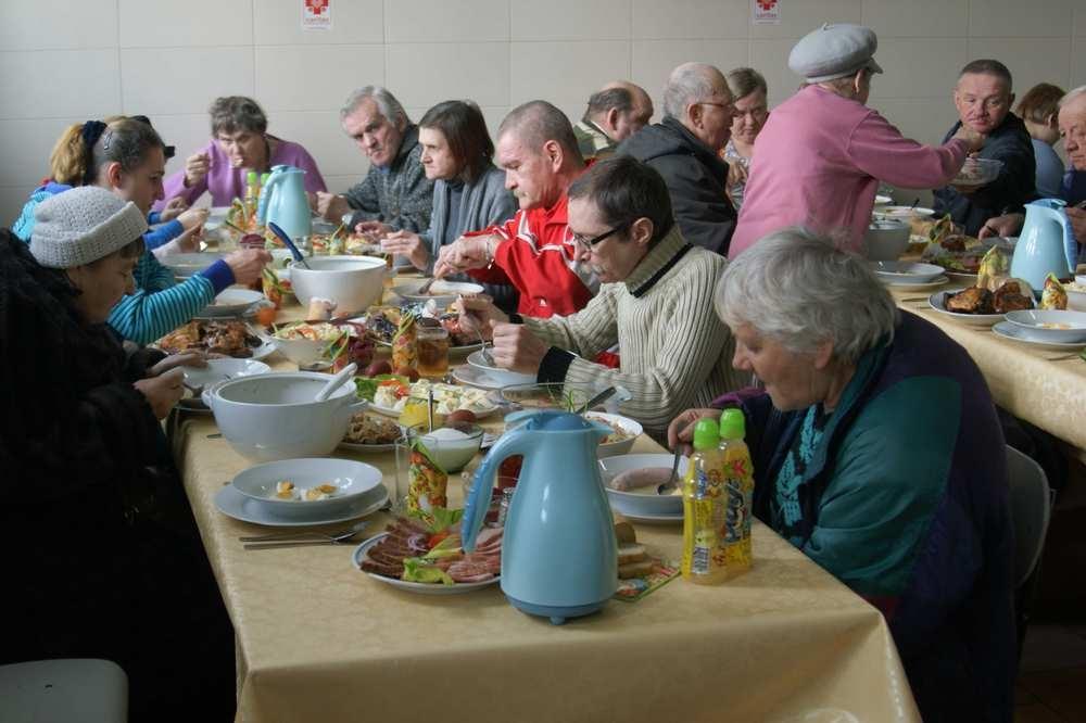 Śniadanie Wielkanocne z Caritas DWP