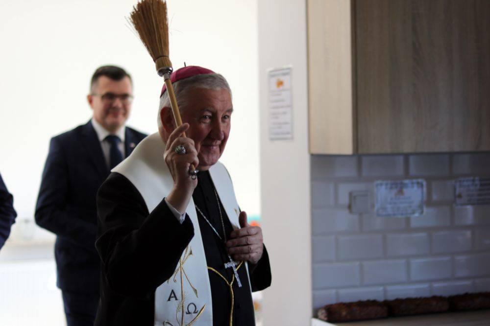 Poświęcenie i otwarcie nowego budynku Domu Samotnej Matki w Zielonce